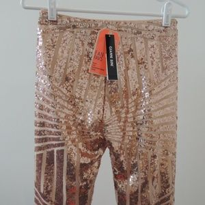 fa018bc7da0aa Gianni Bini Pants - NWT Small Gianni Bini Rose Gold Sequin Legging